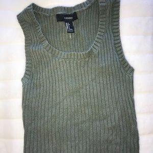 Tops - Knit green top